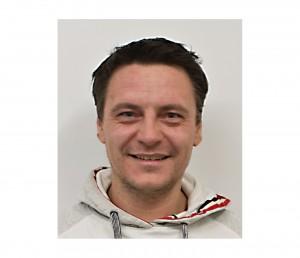 Roman Grünwald Glasermeister-Geschäftsführer Tel:+43(0)664/5020450 Mail:info@glas-gruenwald.at