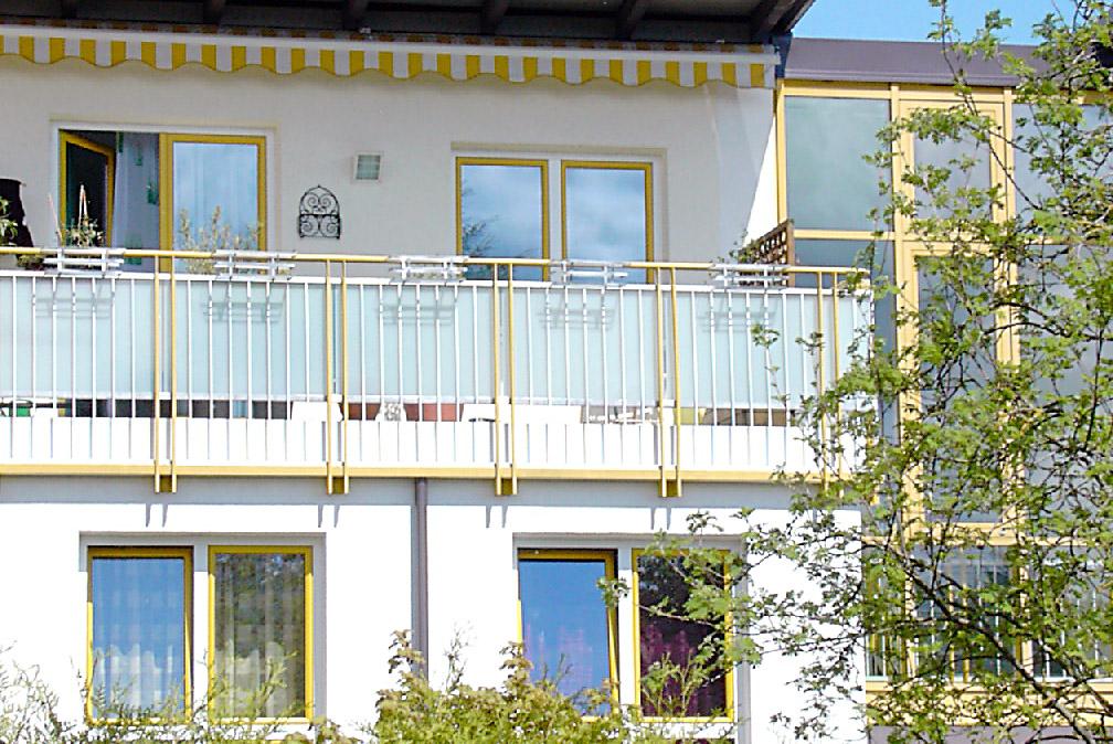 Sichtschutzanlagen bei bestehenden Balkonen