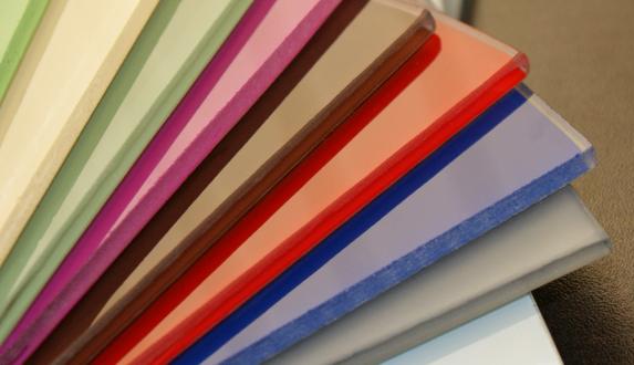 Verschiedenste Farben von Lacobelglas für Ihr Zuhause